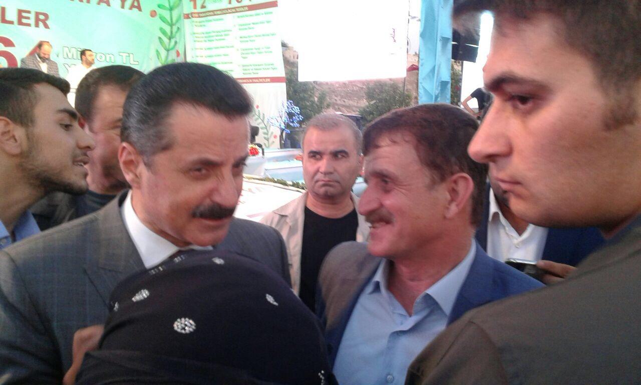Bakan Çelik Urfagap.com'u Tebrik Etti