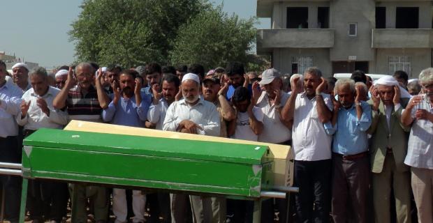 Adana'da ölen 5 işçi Suruç'ta son yolculuklarına uğurlandı
