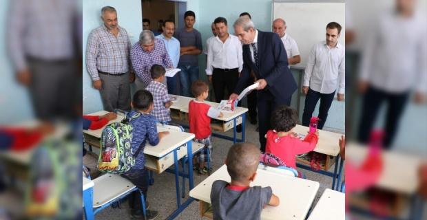 Demirkol,Çamlıdere'de Öğrencilerle.