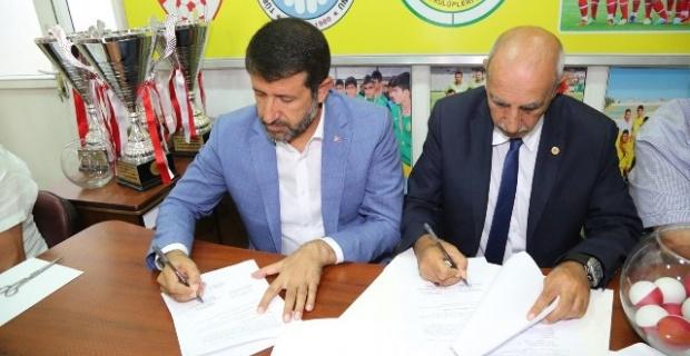 Eyyübiye Belediyesi,amatör spor kulüplerine destek verdi.