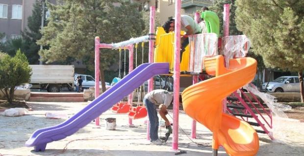 Haliliye'de Parklar Yenileniyor.
