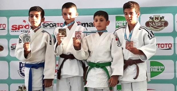Judo Takımından Büyük Başarı.