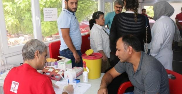 Türk Kızılayı Kan Bağışı TIR'ı Akçakale'de