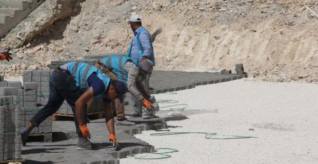 Turkuaz konutlarında kilitli beton parke taşı...