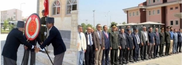 Viranşehir'de Gaziler günü törenle kutlandı.