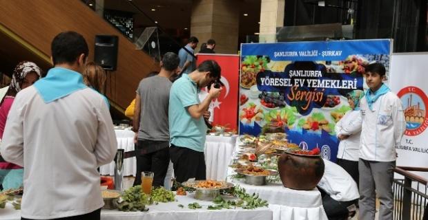 80 çeşit yemek Piazza AVM'de düzenlenen bir sergi ile tanıtıldı.