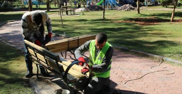 Ahmet Yesevi Parkı Yenileniyor.