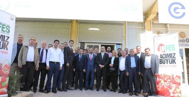 Çiftçi,Gaziantep'te Şanlıurfalılar ile bir araya geldi.