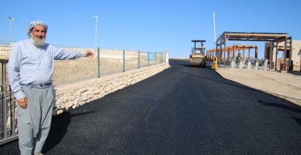 Göbeklitepe Tesis içi yollarında yoğun asfalt çalışması başladı.