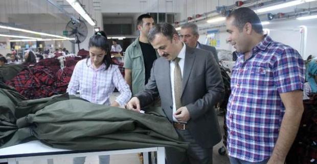 Perçi,STS Tekstil Fabrikasını Ziyaret Etti
