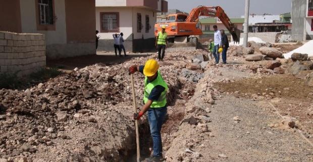 Viranşehir'de alt yapı çalışmaları devam ediyor.