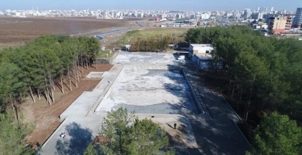 Siverek Olimpik Yüzme Havuzu inşaatında çalışmalar devam ediyor.