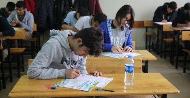Haliliye'de 12 Bin Öğrencinin Eğitimine Katkı Sağlandı