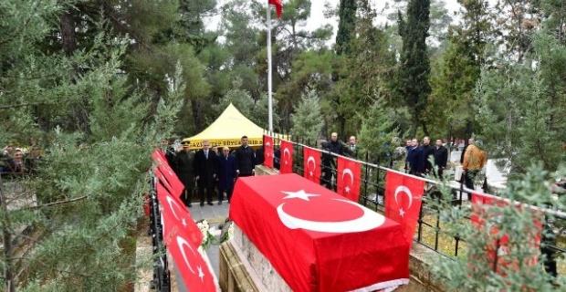 Gaziantep'te Özdemir Bey mezarı başında anıldı.