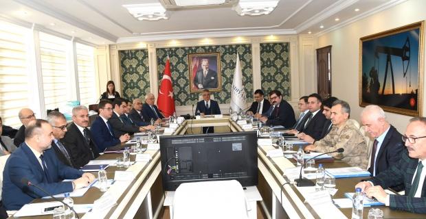 Adıyaman Valisi Pekmez,Bağımlılıkla Mücadele toplantısı'na Başkanlık Yaptı.