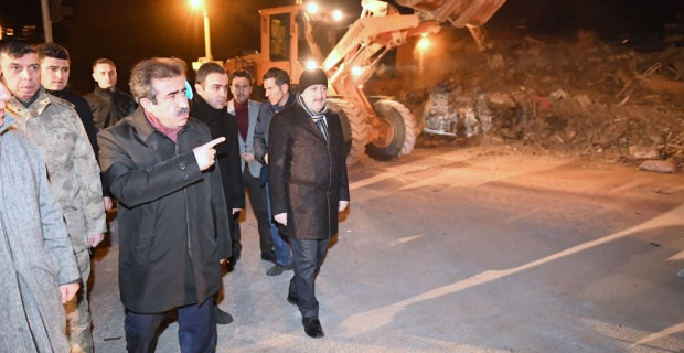 Diyarbakır Valisi Güzeloğlu,Gezin bölgesindeki çalışmaları koordine etmeye devam ediyor