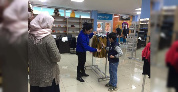Mardin İhtiyaç Merkezinde Kıyafet Yardımı!