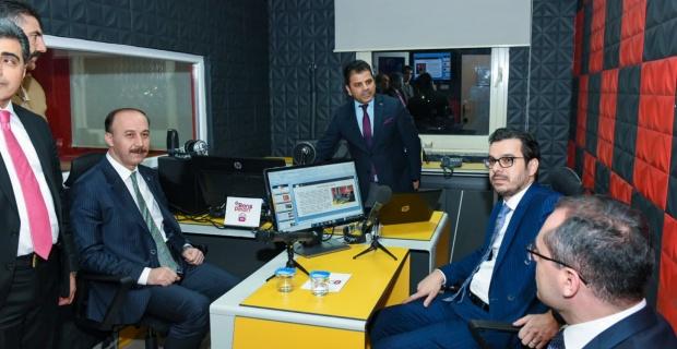 Şanlıurfa Valisi Erin Barış Pınar FM Canlı Yayınına Katıldı.
