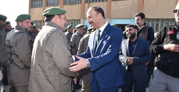 Şanlıurfa Valisi Erin,Tel Abyad Polis Teşkilatına başarılar diledi.