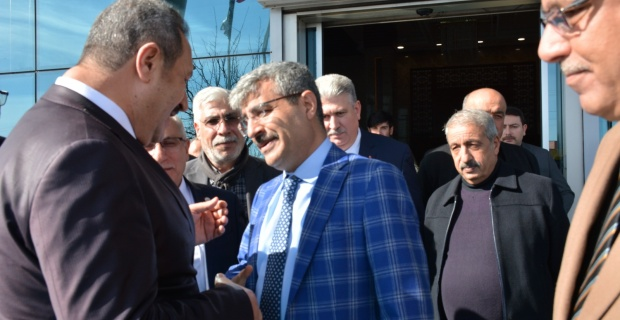 Bakan Yardımcısı Bağlı,Şanlıurfa Ticaret Borsasını Ziyaret Etti.