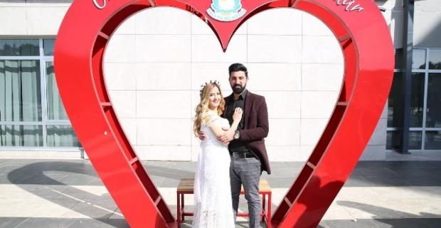 Haliliye'de 14 Şubat'ta 35 çiftin nikahı kıyıldı.