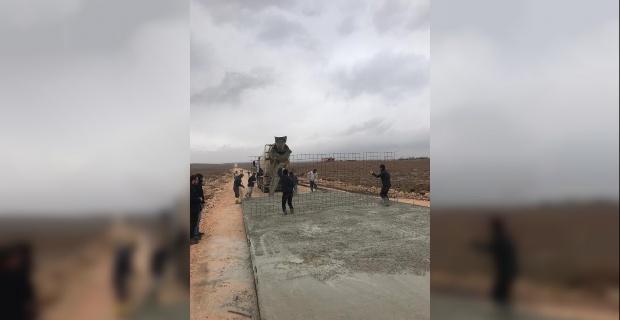 Şanlıurfa Büyükşehir'de Hasırlı Beton Yol Mesaisi Devam Ediyor