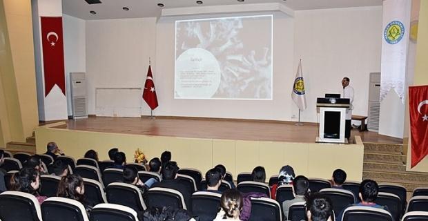 Tıp Fakültesi'nde Coronavirüs Salgını ile ilgili Seminer