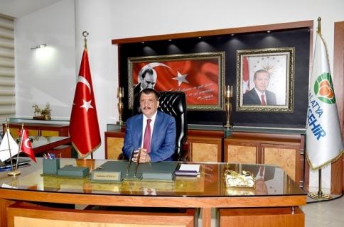 """Başkan Gürkan """"Sizler rahat olun biz hizmete devam ediyoruz."""""""