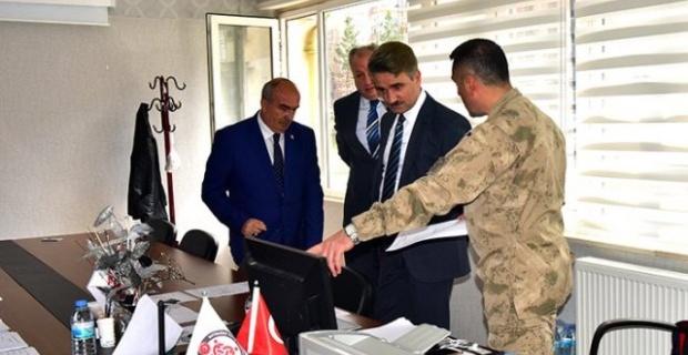 """Malatya Valisi Baruş """"Vefa Sosyal Destek Gruplarını"""" Ziyaret Etti"""