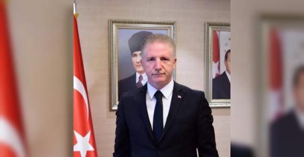 """Vali Gül """"Kalbe Dokun Gönül Kazan"""""""
