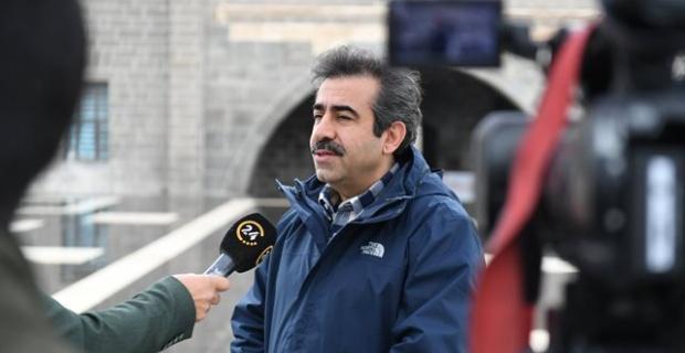 """Vali Güzeloğlu """"Sosyal Destek Paketini paylaştık"""""""