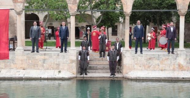 Başkanlar'dan İstiklal Marşı