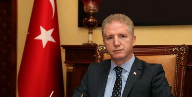 """Gaziantep Valisi Gül """"Gaziantep'e 15 gün süreyle özel araçların giriş çıkışı yasaklanmıştır"""""""