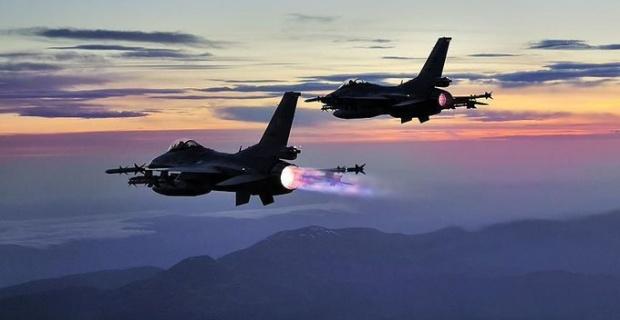 3 PKK'lı terörist, düzenlenen hava harekâtıyla etkisiz hale getirildi.