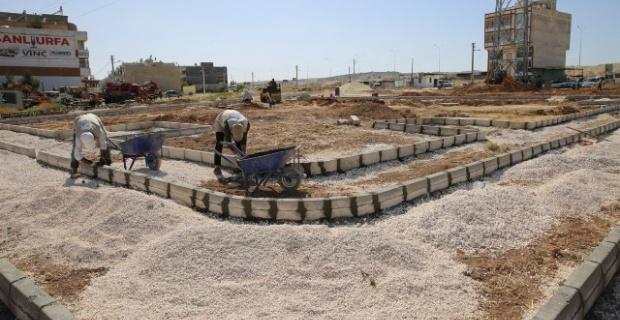 Ahmet Yesevi Mahallesinde yapımına başlanan parkta çalışmalar hızla sürüyor.