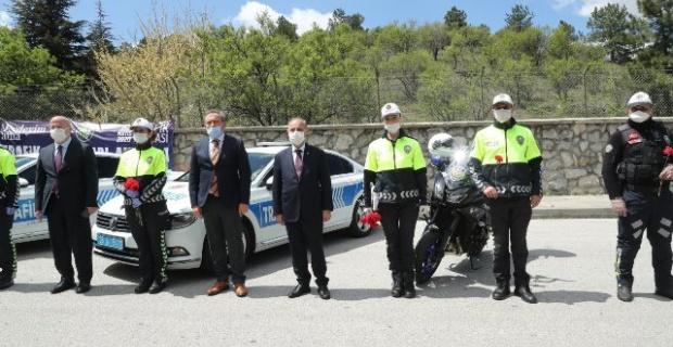Emniyet Genel Müdürü Aktaş Gölbaşı Trafik Uygulama Noktasını ziyaret etti.