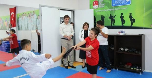 """Gaziantep Büyükşehir Belediyesi """"5 adet mahalle tipi spor salonunun inşaatını tamamladık"""""""