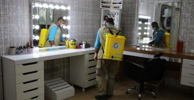 Haliliye Belediyesi,berber ve kuaförlerde dezenfekte çalışmalarına başladı.