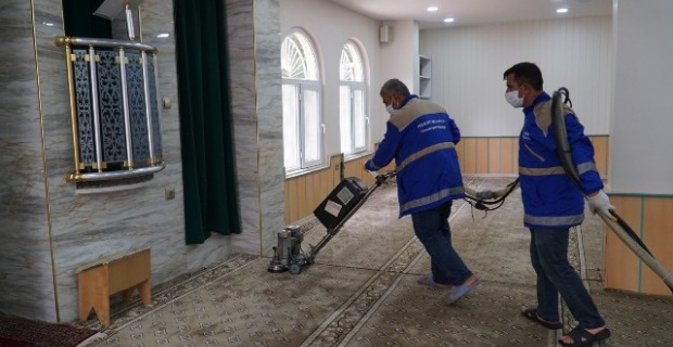 Haliliye'de Camiler İbadete Hazır