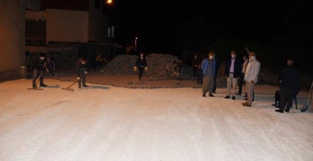 Hilvan Belediyesi gece mesaisine devam ediyor
