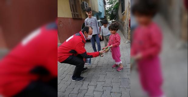 """Kızılay Şanlıurfa Şube Başkanı İnan """"En zor günlerde, dertleri paylaşarak azalttık"""""""