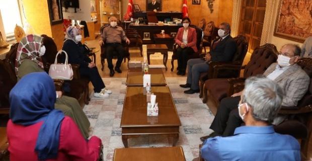 """Mardin'de """"İpekyolu Kadınları İpek Üretiyor"""" Projesi"""