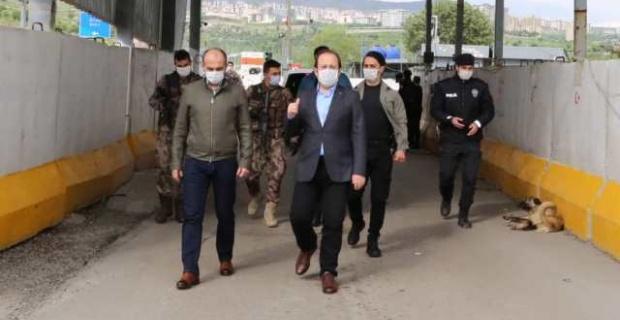 Şırnak Valisi Pehlivan Emniyet ve Jandarma Trafik Denetim ve Yol Kontrol Noktalarını Ziyaret Etti