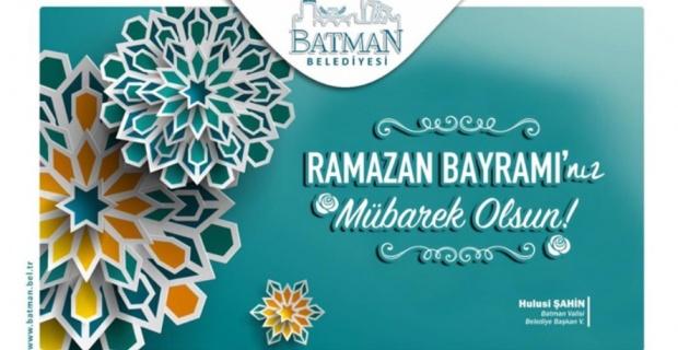 """Vali Şahin """"Ramazan Bayramını en içten duygularımla kutluyor, sevgi ve saygılarımı sunuyorum"""""""
