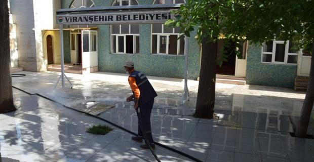 Viranşehir'de Cuma Namazı Hazırlığı