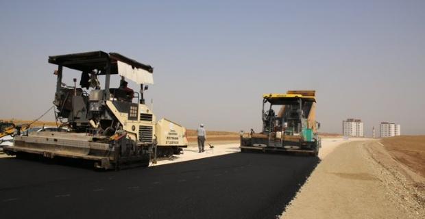 Batman Belediyesi,170 bin ton sıcak asfaltın seriminini hedefliyor.