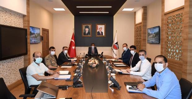 Diyarbakır'da Pandemi Durum Değerlendirme Toplantısı gerçekleştirildi.