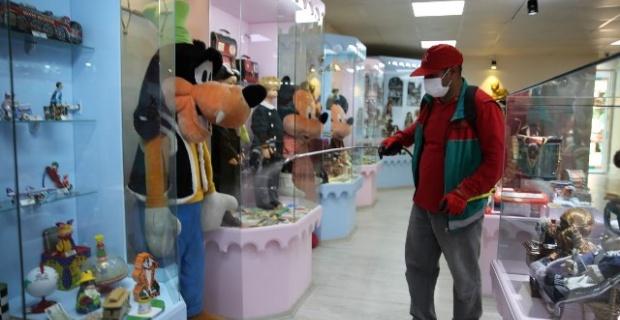 Karaköprü'de Oyun ve Oyuncak Müzesi titizlikle dezenfekte edildi.