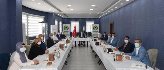 """Vali Güzeloğlu """"Sanayide Çarklar dönüyor, Diyarbakır Üretiyor..."""""""