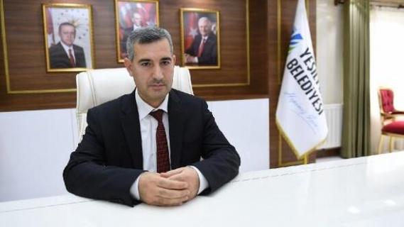 """Yeşilyurt Belediye Başkanı Çınar """"şehit olan vatandaşlarımıza Allah'tan rahmet, yaralılarımıza acil şifalar diliyorum"""""""